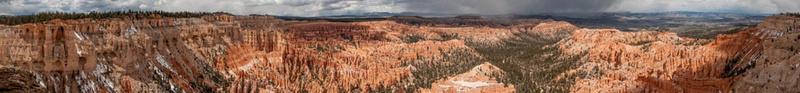 TINUVIEL_Bryce Canyon pan